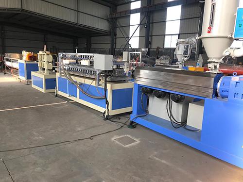 SJ-90x28塑料挤出机管材/棒材机组